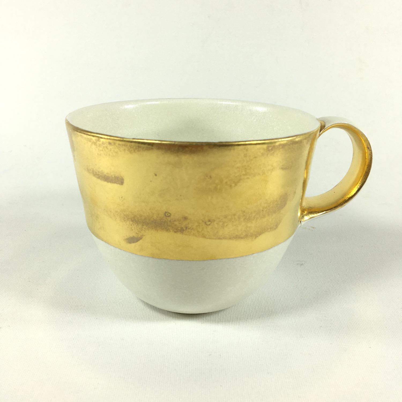 Porzellantassen-Unikat mit breitem Goldrand Bild 2
