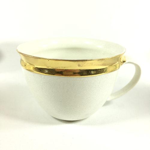 Porzellantassen-Unikat mit äußerem Goldrand Bild 1