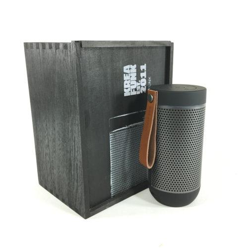 Kreafunk aGlow Bluetooth Lautsprecher (limited edition black) Bild 1